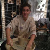 Julie Dorsaz, une céramiste en verve