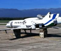 L'avion qui se décompose sur le tarmac de Cointrin
