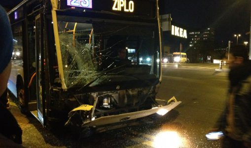 Vernier: une collision entre deux bus fait trois blessés