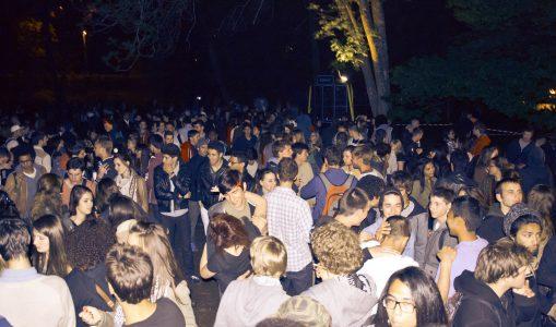 Aux Nations, un apéro entre collégiens se transforme en festival de musique