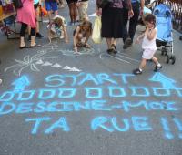 Les habitants des Eaux-Vives célèbrent leur quartier.