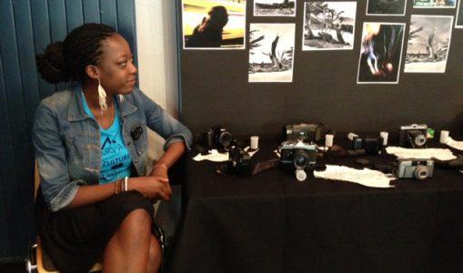 Sidie Mbaki navigue entre ses études et sa passion pour la photographie