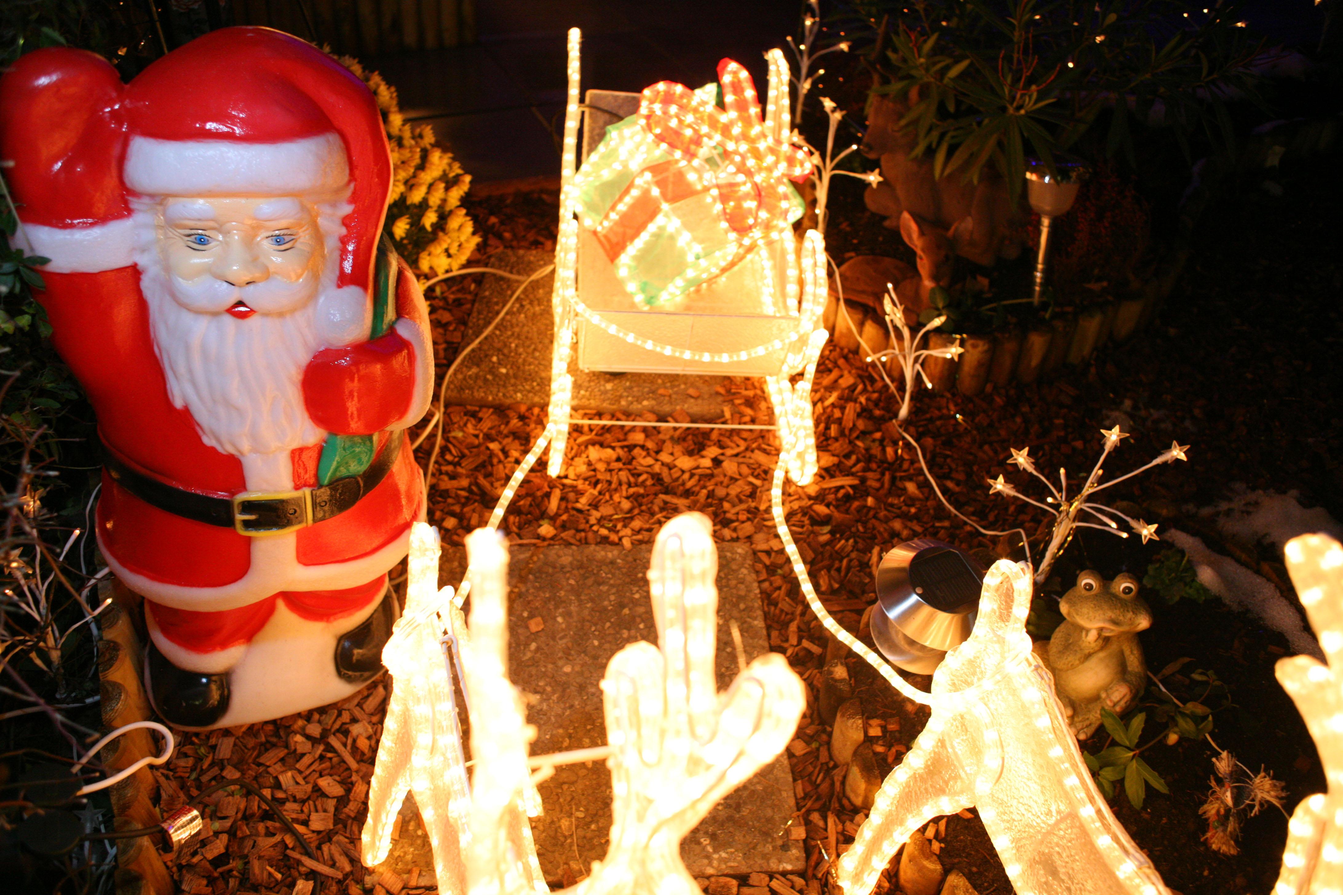 #C48507 Envoyez Nous Vos Photos De Décorations De Noël Signé Genève 5435 decorations de noel geneve 4368x2912 px @ aertt.com