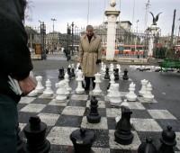 Paulo, un stratège des échecs aux Bastions