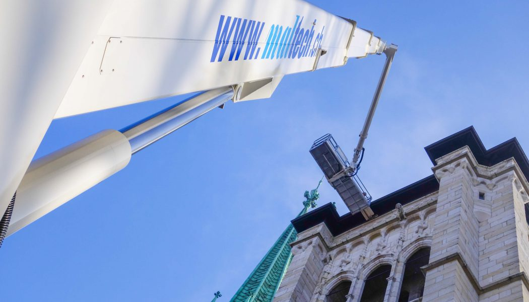 Les rénovations de la salle du guet de St-Pierre prennent de la hauteur