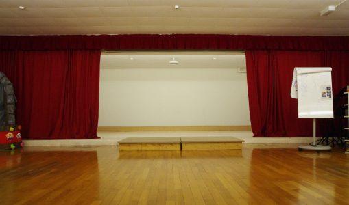 Cours de chant, danse, théâtre et arts de la Scène