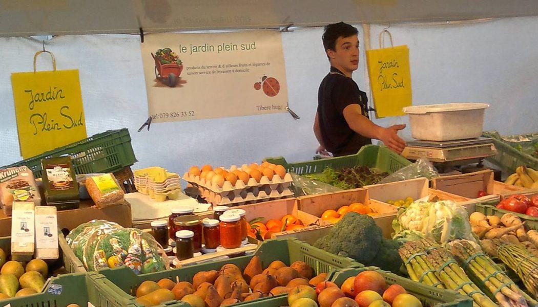 Le marché du jeudi soir à Carouge