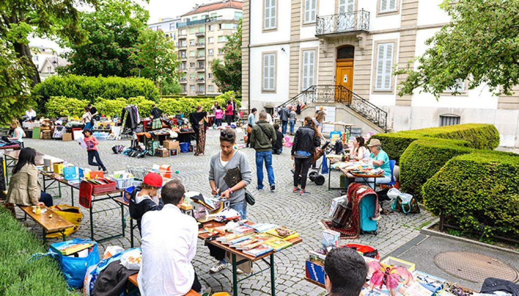 Les habitants des Délices vident leur grenier au parc Voltaire