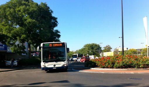 Les Carougeois disent adieu au bus 27, le mal-aimé