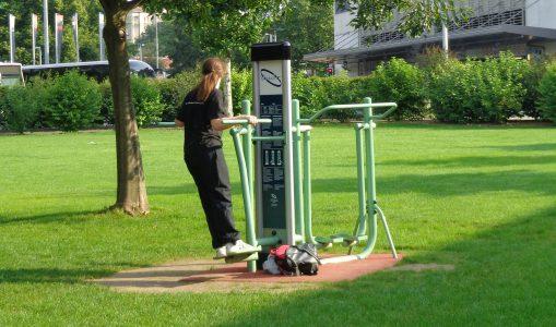 Le fitness en plein air fait les yeux doux aux moins actifs