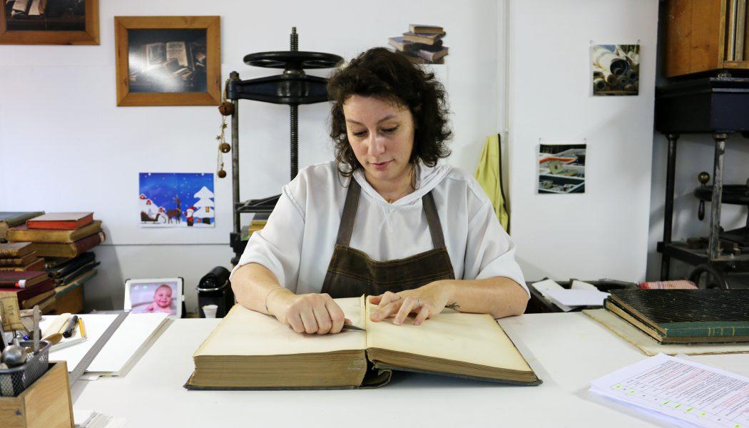 Amélie Jousseaume, relieuse au chevet des livres