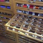 L'atelier Retouche Minute compte plus de 1200 bobines de couleurs différentes.© FK