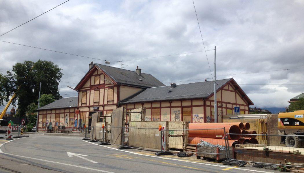 La vieille gare des Eaux-Vives tire sa révérence…