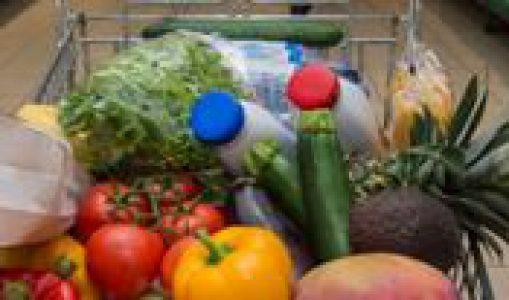 Du chariot à votre assiette, c'est vous qui décidez ! Visites guidées gratuites des rayons alimentaires avec une diététicienne.