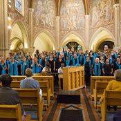 Avec les voix de la gospel Academy de Genève