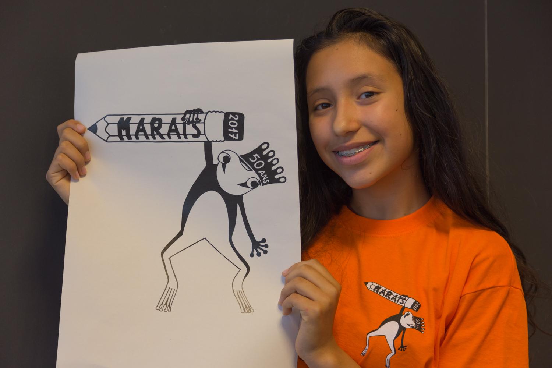 Elodie Chappuis avec son logo