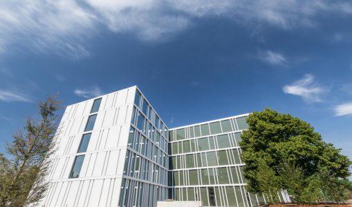 Le DIP a reçu les clés de l'école de commerce de Frontenex «Raymond Uldry»