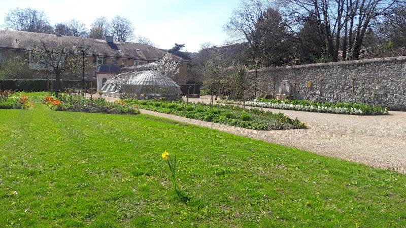 Le jardin de la paix sign gen ve for Le jardin geneve