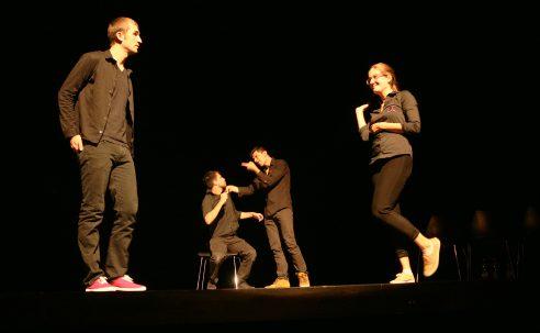 Un spectacle d'improvisation pour prévenir le suicide des jeunes