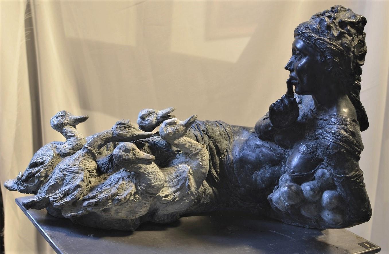 la couveuse  Bronze  H 15 x L 30 cm
