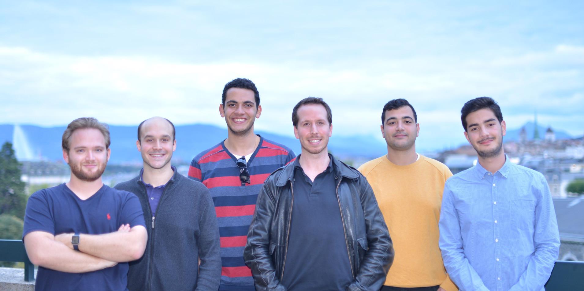 Daniel Prusak (CFO), Franck Canavesi (IT manager), Stéphane Sélim (Developper), Alexis Flouck (CEO), Nazim Boukli (Brand Manager) et Karim Assi (Developper)
