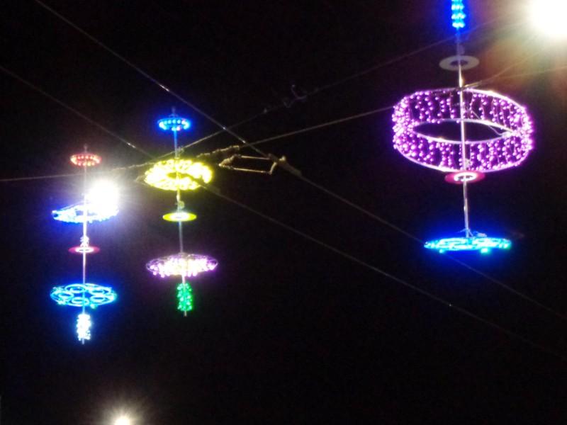 10. Curieuses soucoupes volantes rue du Mont-Blanc