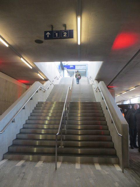Le 10 décembre, les voyageurs escaladeront ces escaliers! © NdM