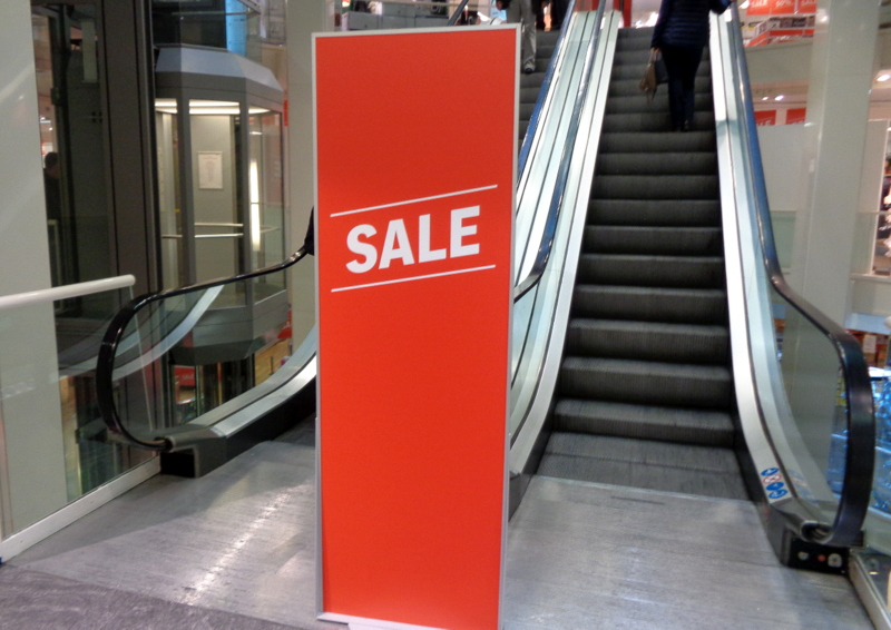 On hésite à emprunter un escalator sale