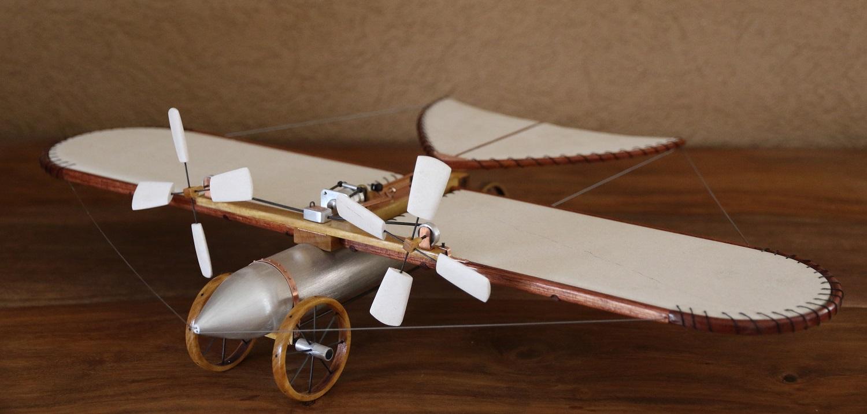Aéroplane Tatin 1879 Sculpture illuminée en pierre  et essences de bois rares Steve Antonietti