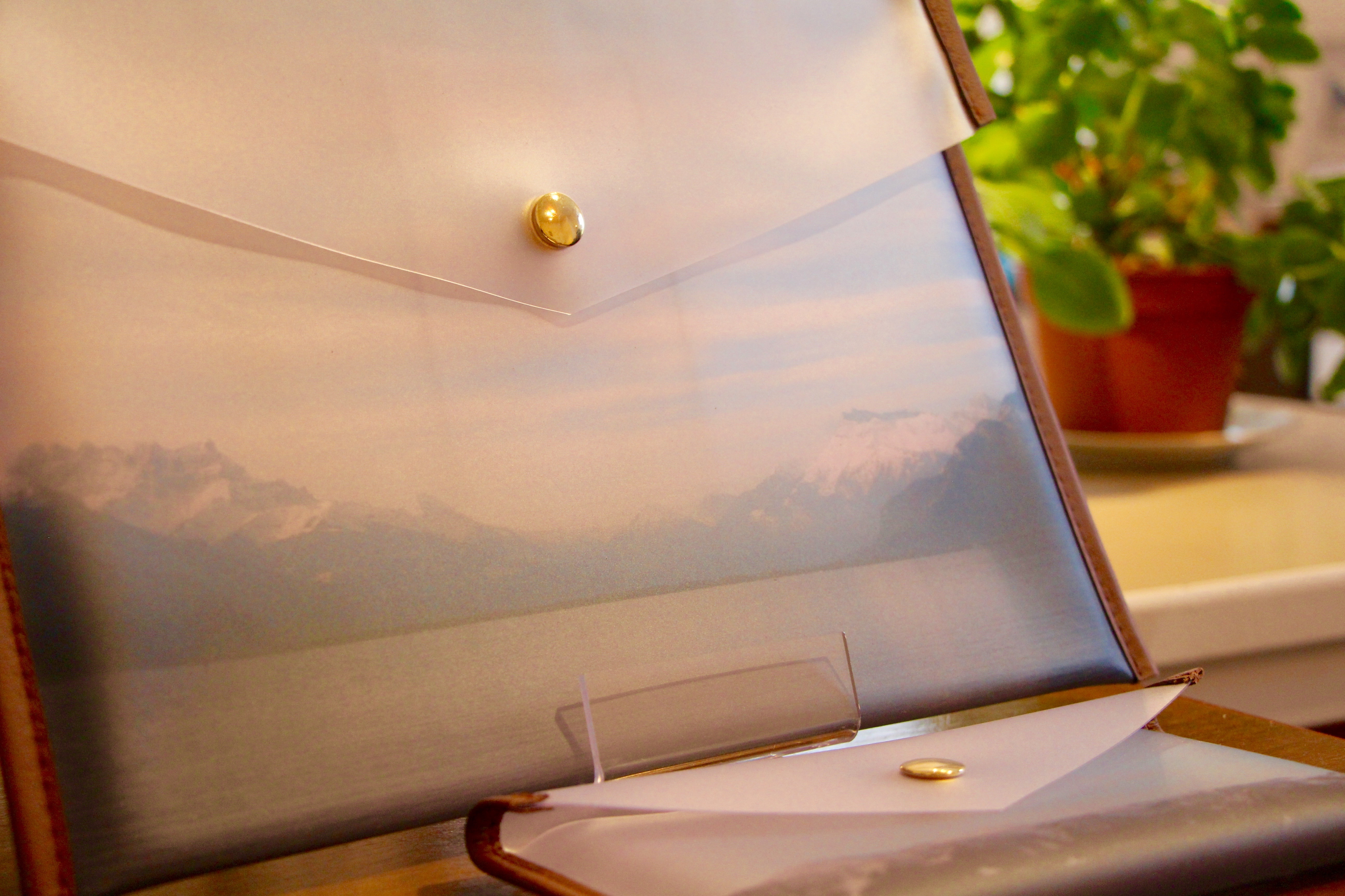Pochettes translucides avec paysage © E.Rousak