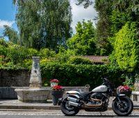 En Harley Davidson dans le Mandement