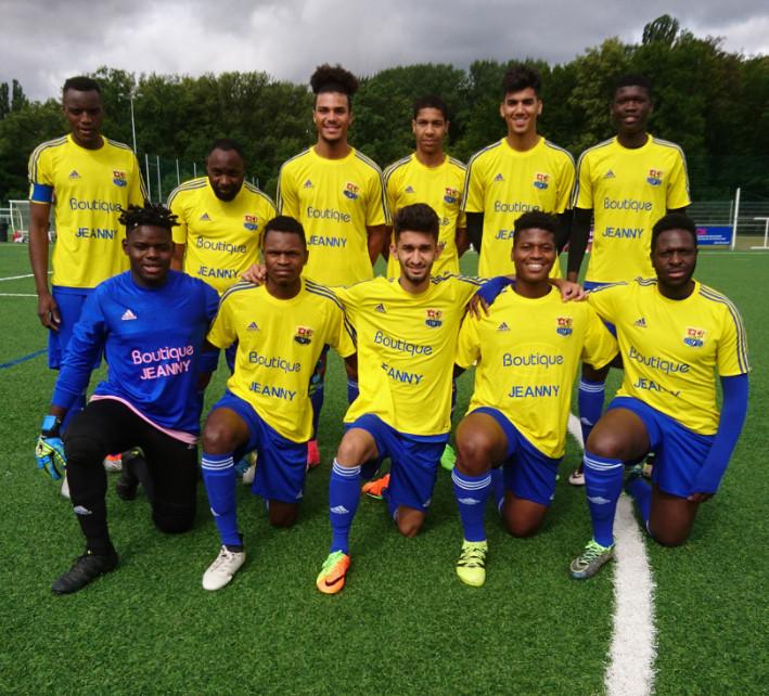 L'équipe d'Union Bana Genève lors du tournoi Lipanda Goal 2017 au centre sportif de Vessy. © DR