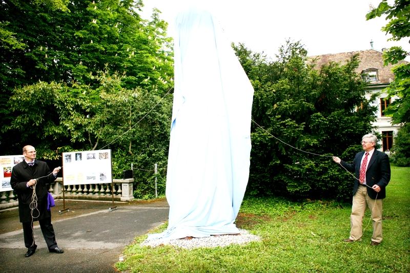 1. Inauguration du Neptune le 6 mai 2010