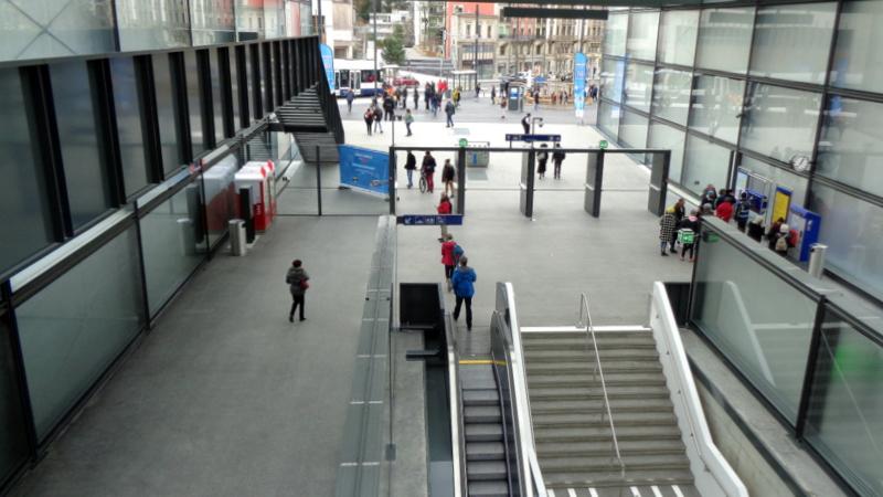 6. E.-V. Les TPG à deux pas de la station