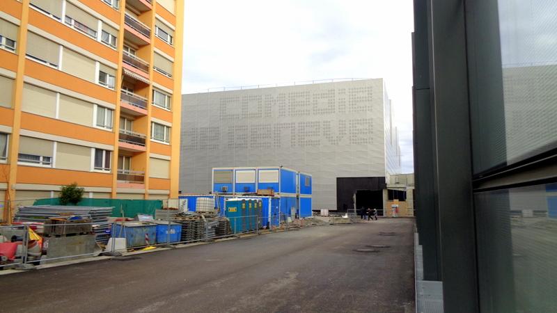8. E.-V. La Nouvelle Comédie juste à côté de la gare