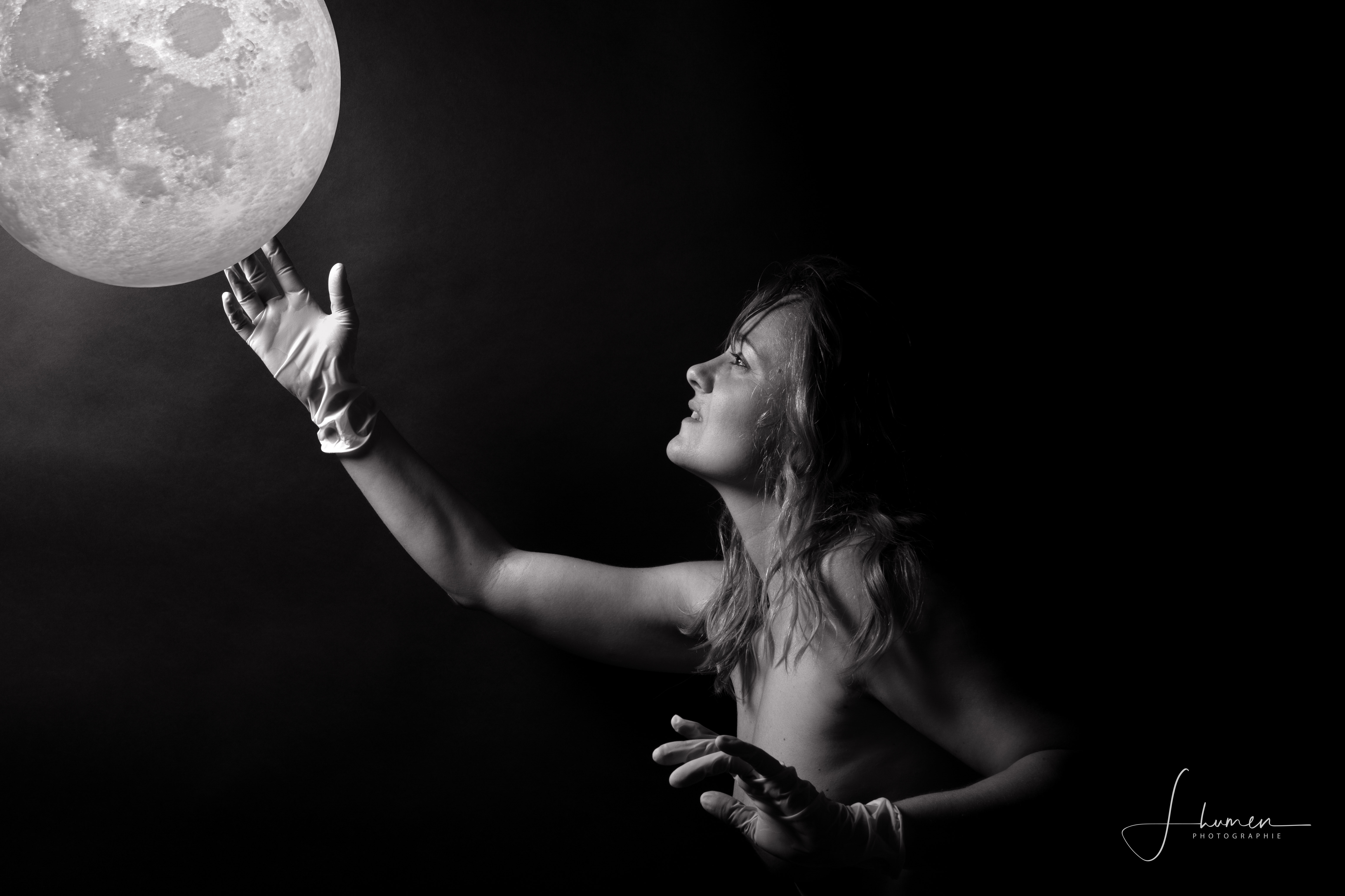 To the moon © Audrey Leclerc
