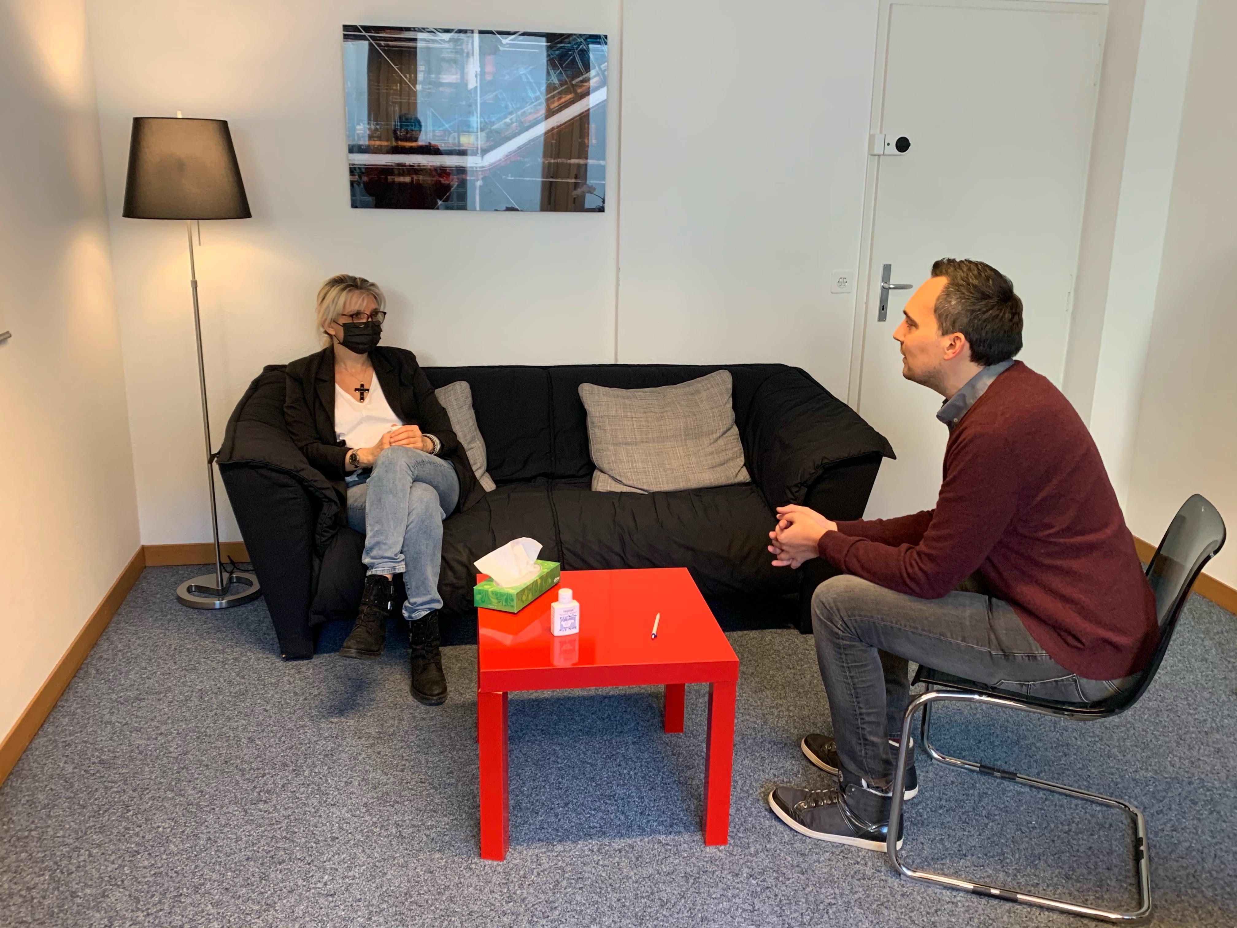 Consultation dans les bureaux du Centre Lavi. © DR