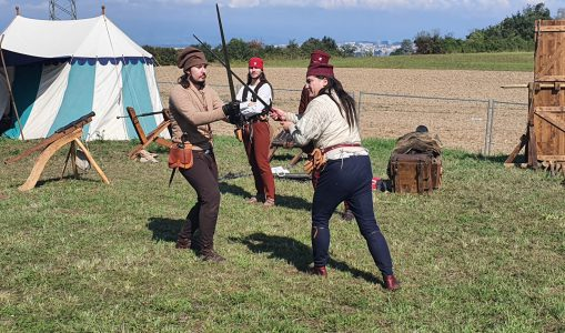 Compesières a célébré le Moyen-âge à grand coups d'épée